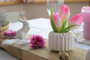 Vintage Ostereier und eine Tischdeko für Ostern