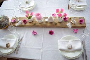 Vintage Ostereier und eine Tischdeko zu Ostern