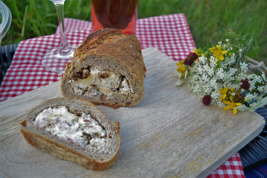 Picknick, Brot, Salat, Sommer, Blackforestkitchen