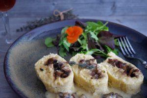 Gefüllte Kartoffelrolle