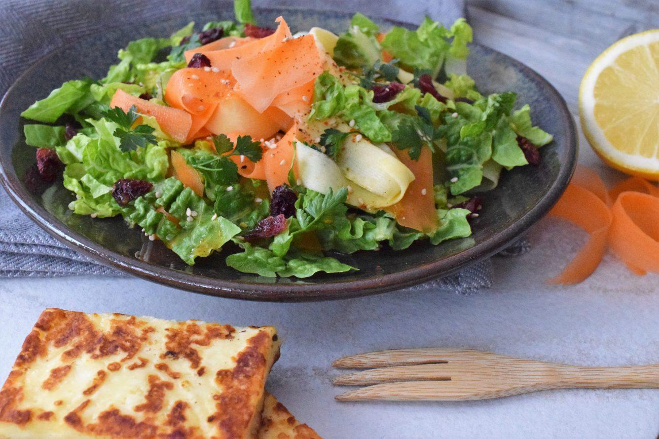 Karotten-Pastinakensalat mit Zitronendressing