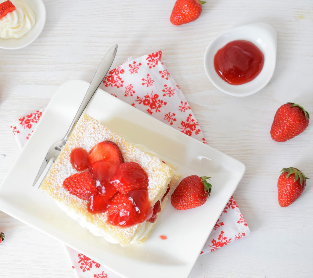 Erdbeer-Lasagne mit Holundercreme